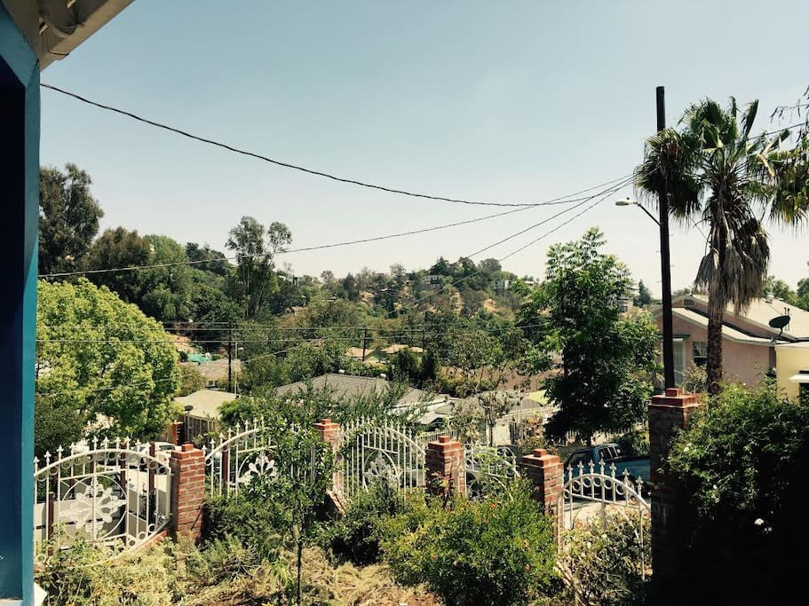 Beautiful rolling hills of Echo Park, the feel of our neighborhood is peaceful, serene and at the same time so close to the energy of the city and major points of interests like Sunset blvd.