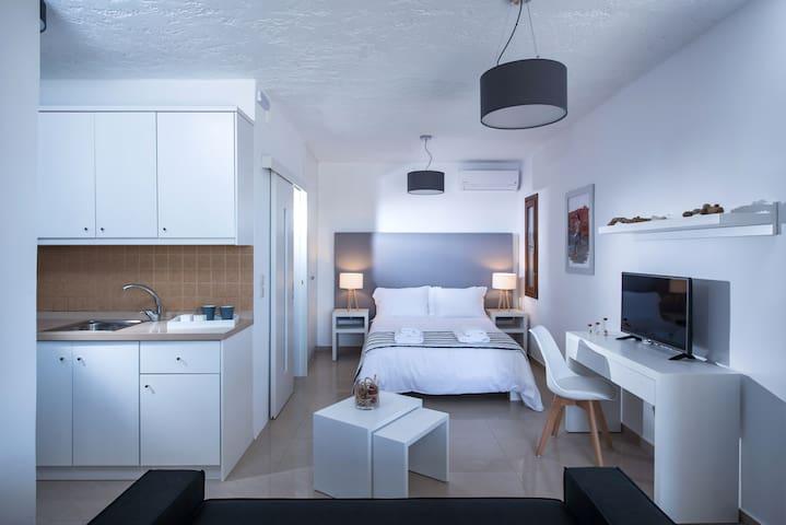 Golden Suites Double