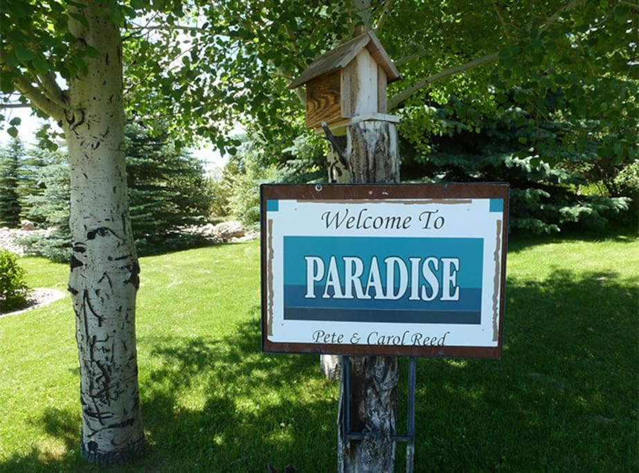 Welcome to a Gem for Lodging in Paradise Valley-Emigrant, MT (near the North Entrance to Yellowstone National Park)