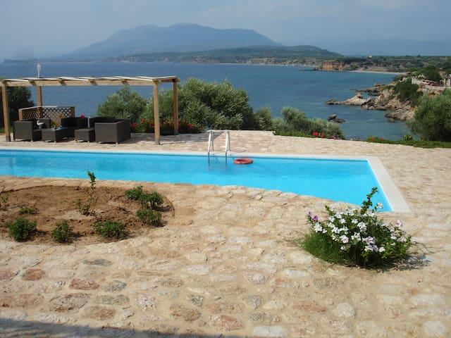 Seaside stone-built studio! - Ασωπός Δήμου Μονεμβασίας - Casa