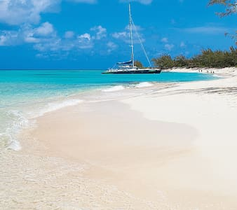 Home away from home - providenciales - Selveierleilighet