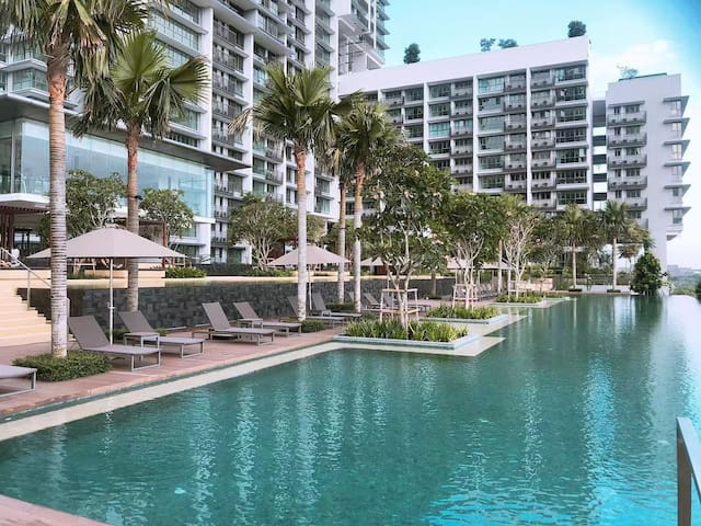 Iskandar Residences by Marine (2bedroom)