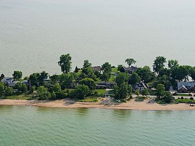 Bayfront Home 2Miles From CP - Free Paddle Boards - Sandusky