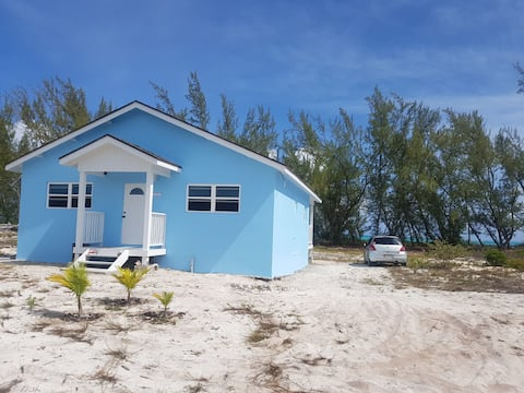 Charming Bambarra Beachfront Home