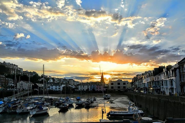 Elegant Victorian holiday home and BnB - Ilfracombe - Bed & Breakfast