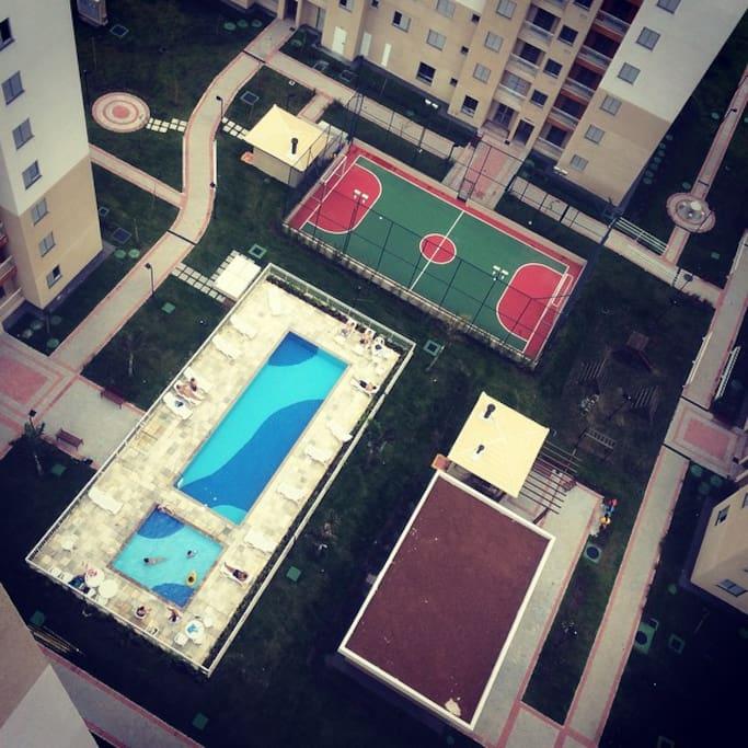 Uma piscina para você se refrescar!