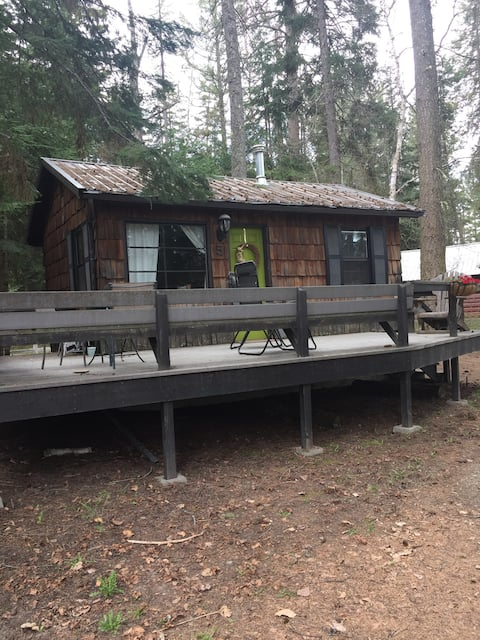 Montana Cozy Cabin