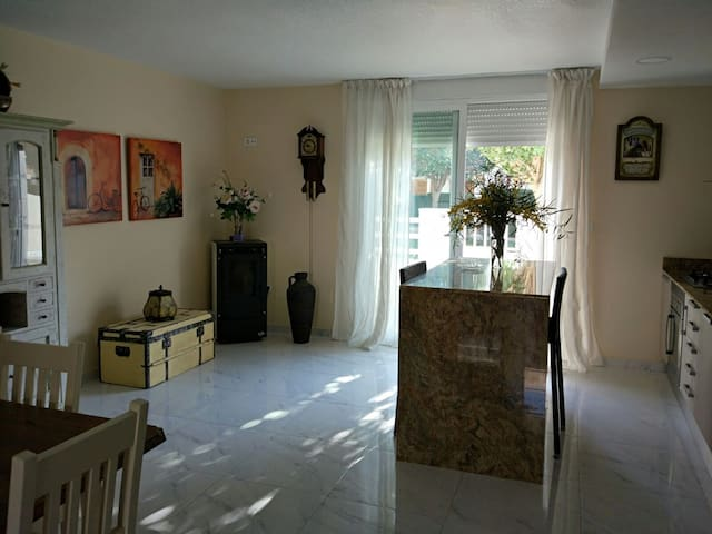 Modern 3 Bedroom Townhouse - Santiago de la Ribera - House