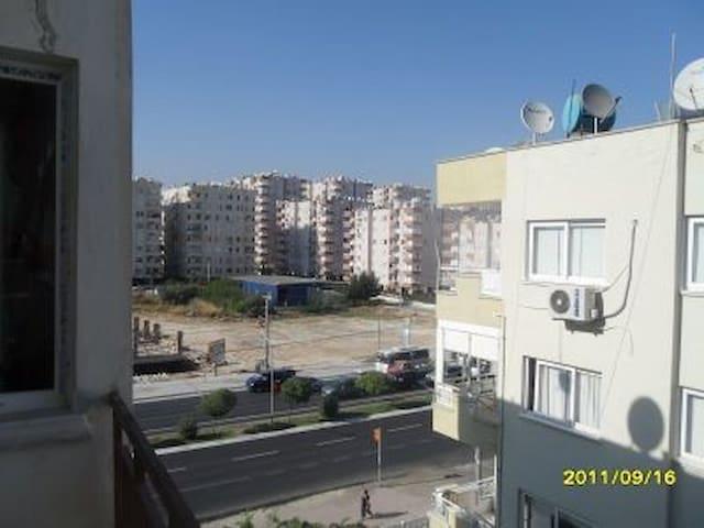 MARTI SAHİL SİTESİNDE UYGUN DAİRE 5.KAT - Soma - Apartamento