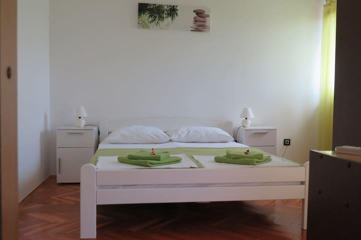 Lumbrela Apartments - NATURA for 4+2, central
