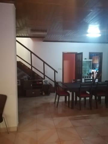 Afernandes quartos para arrendar