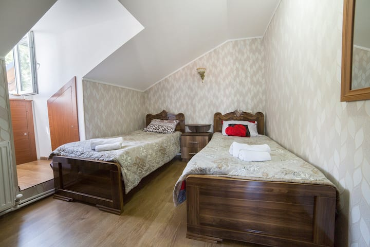 OLD STREET  Guest house/ bedroom 2