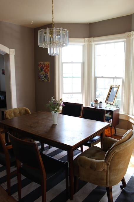 Beautiful, bright dining room!