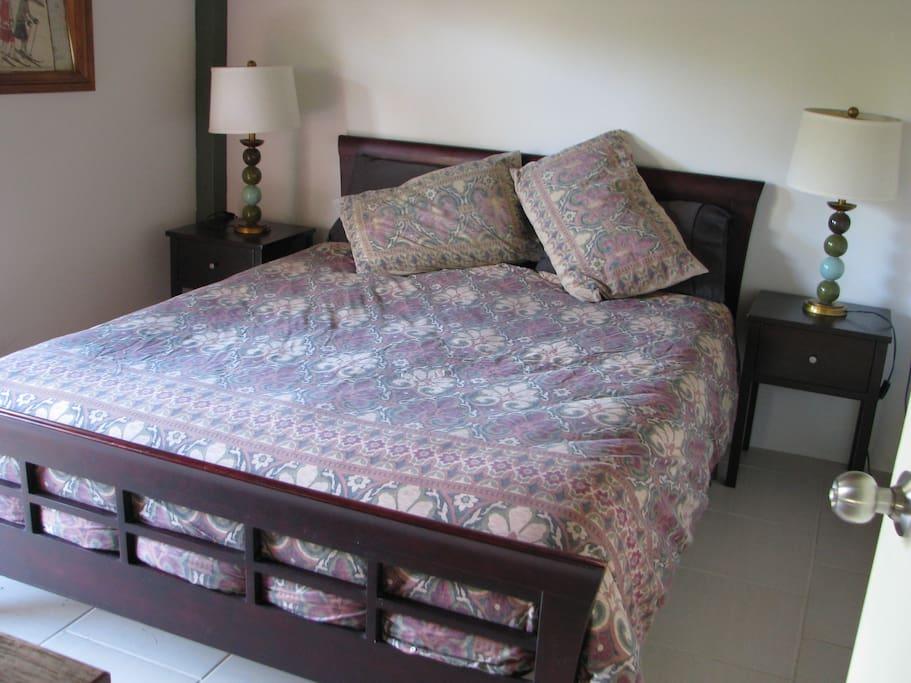 Queen Bed in Main Bedroom