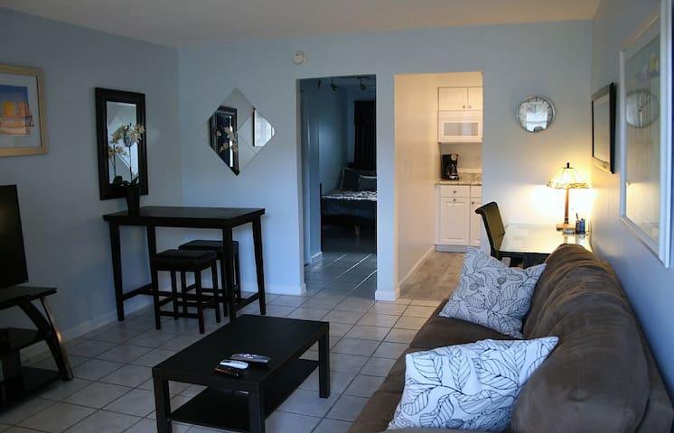 1/1 near airport/Las Olas/beaches - Fort Lauderdale - Appartement