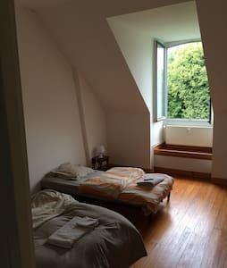 Chambre entre Amiens et Abbeville - Crouy saint pierre