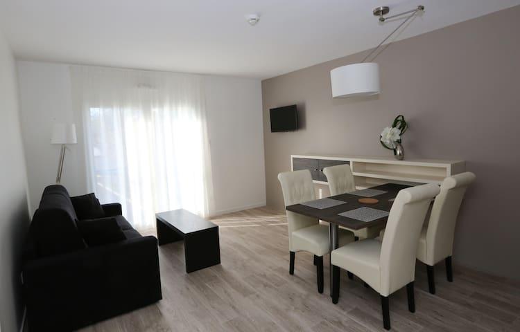 Bel appartement proche de commerces et de Bordeaux