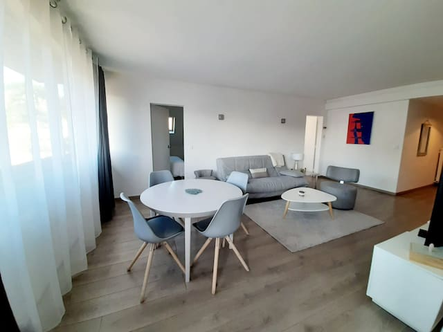 BEAUTIFUL APT IN DEAUVILLE NEAR THE BEACH, 4 PEOPLE
