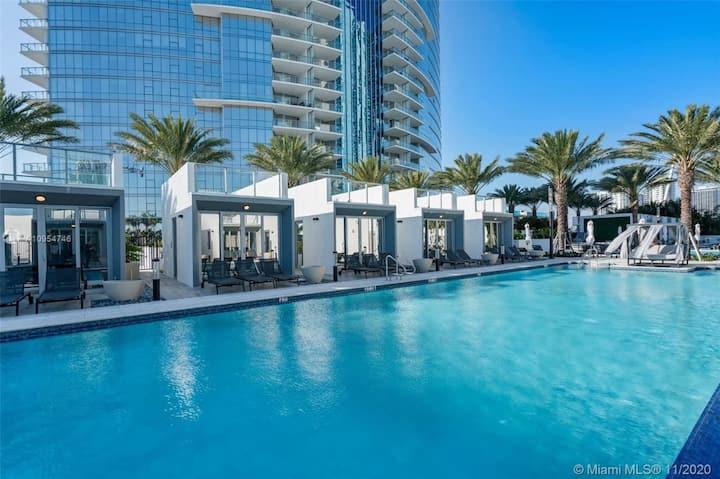 Luxurious Downtown Miami Condo