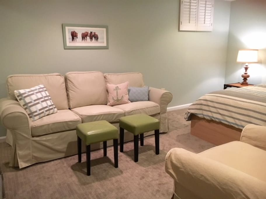 Living Room/Master Bed