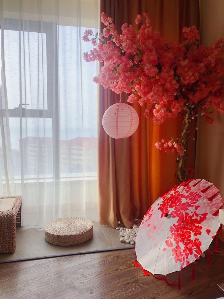 国际海水浴场高层一线海景日式公寓蜜蜂小窝民宿