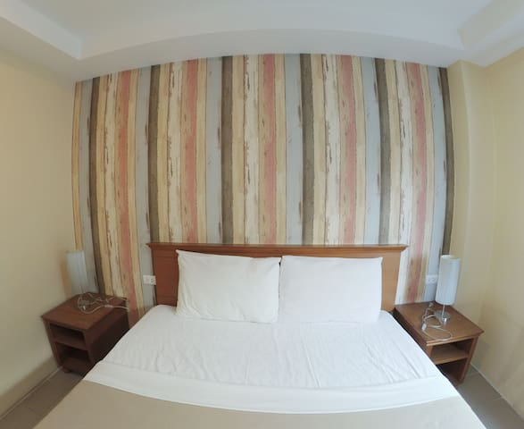 Standard room with Air-conditioner2