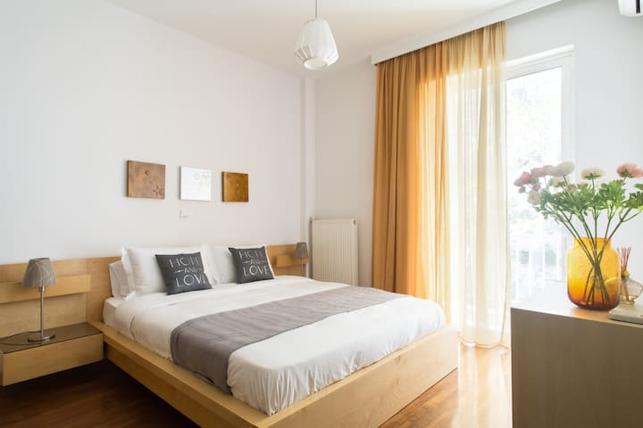 Cozy, fully equipped, perfect location! - Nea Smirni - Appartement