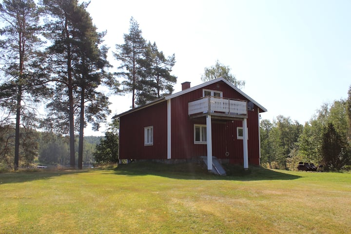 Cabin with lake view in Dalsland