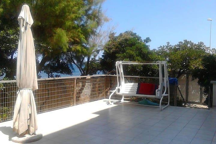 CASA frontemare con giardino - Bari - Apartment