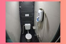1813 Homestay 8 Room  6 Toilet ,5 minutes to tower