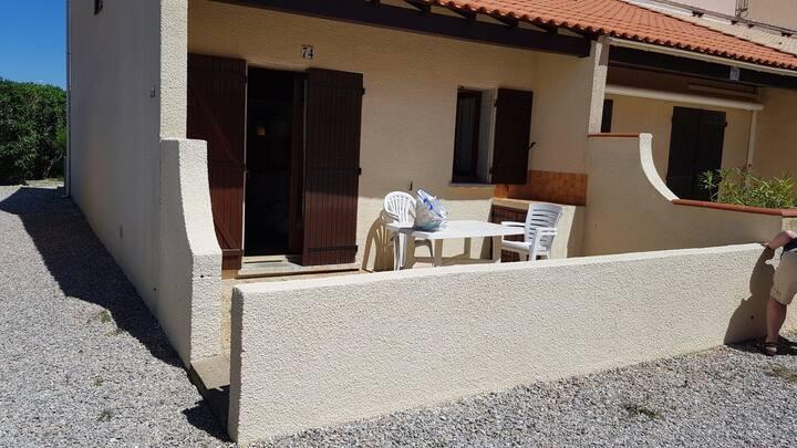 villa T2+mezzanine pour vacances à Port-Leucate