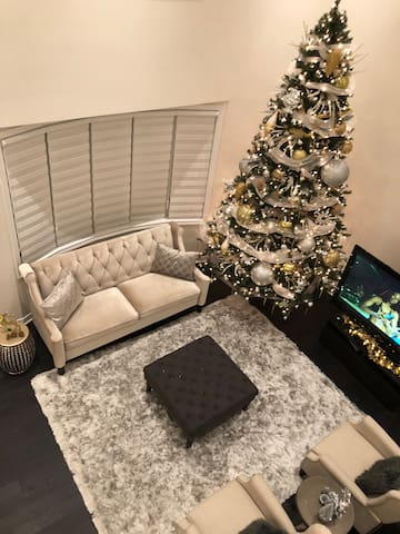 Private Rooms Available in beautiful spacious home