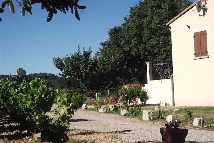 Aux portes des Cévennes - Brissac - บ้าน