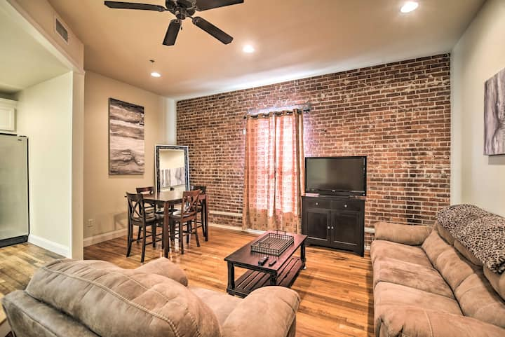 NEW! Updated Sears Quarters Condo - Walk to Dining