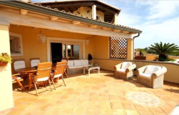 Bilocale a S'abba e Sa Pedra - Golfo Aranci - Lejlighed