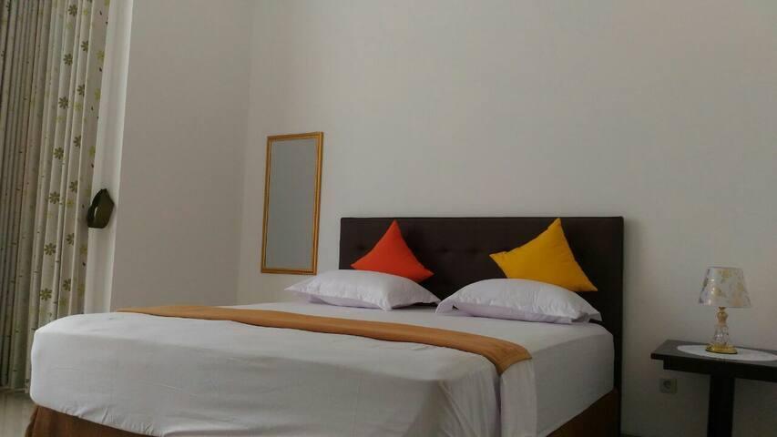 Cozy Deluxe Room C