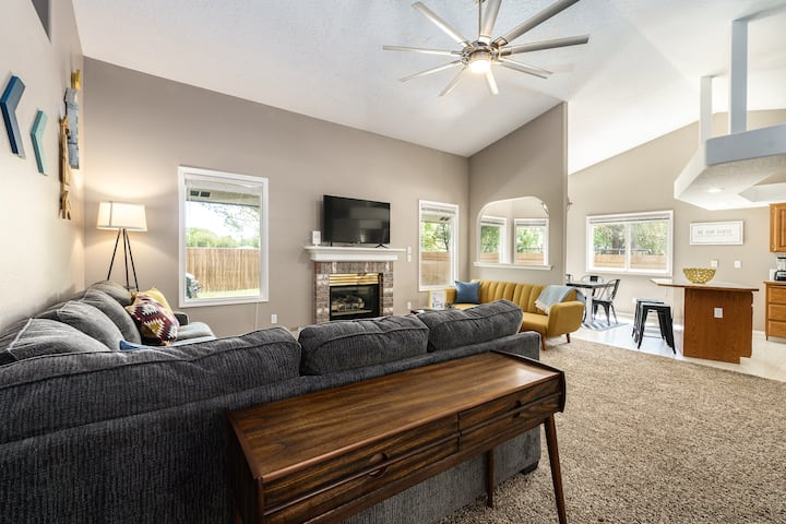 #StayinMyDistrict Meridian Comfortable Private & Spacious Retreat