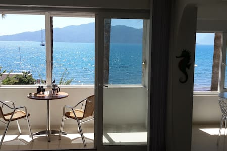 Beautiful Beachfront Apartment in Central Marmaris - Marmaris