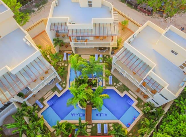 Villa Xel Ha for 20ppl and free Concierge Service.