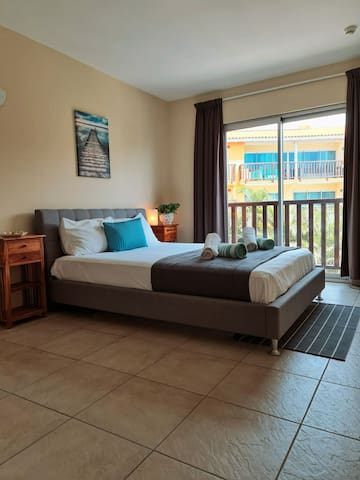 Stone's Throw away from Beach! | ☆Prime Location