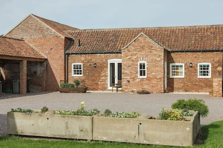 Bainvalley Cottages The Bach Tranquil 1 bed