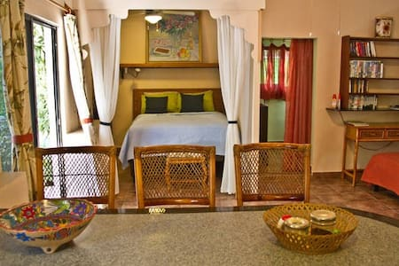 Jungle Casita-Adventurous and close to beach! - Puerto Aventuras - Zomerhuis/Cottage