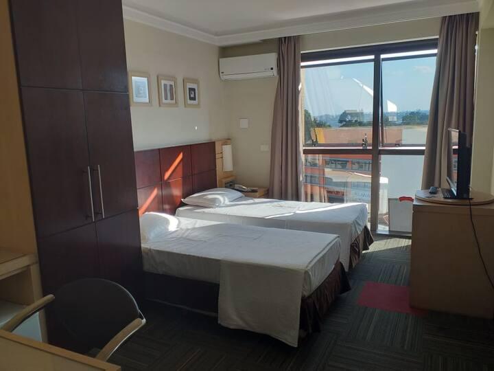 Suíte dormitório no Centro de Pinhais