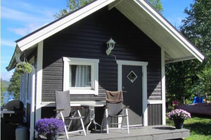 Sommarstugeidyll i Höga kusten, Nordingrå