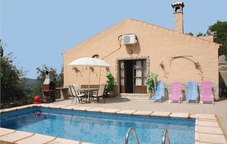 Holiday cottage with 2 bedrooms on 62m² in El Gastor