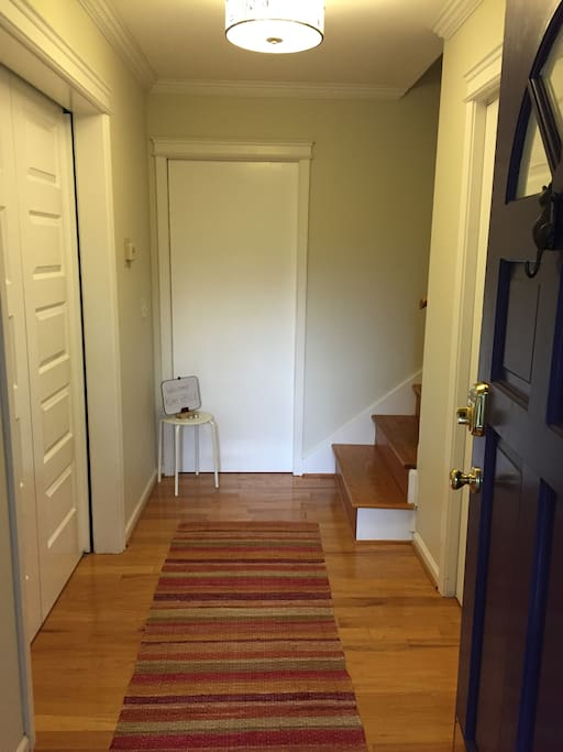 Private entrance with keyless deadbolt lock