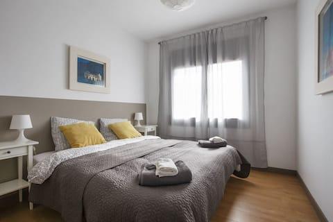 Twin/Double room in modern spacious sea-view villa