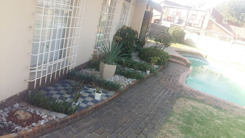 Home away from Home Near OR Tambo Internat Airport