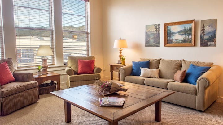 Loft in Grants Pass Downtown #117