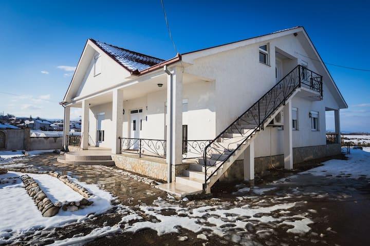 Appartement 'Villa Jelena' Bogorodica - Macedonië